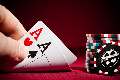 Online Gambling Takes a Ground-Breaking Form With Poker